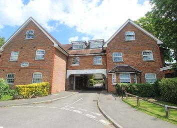 Thumbnail 2 bed flat to rent in Brighton Road, Lower Kingswood