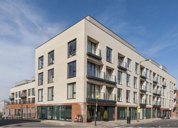 Thumbnail 3 bed flat to rent in Llanvanor Road, London