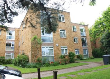 2 Bedroom Flats for sale in Enfield (Greater London) on ...