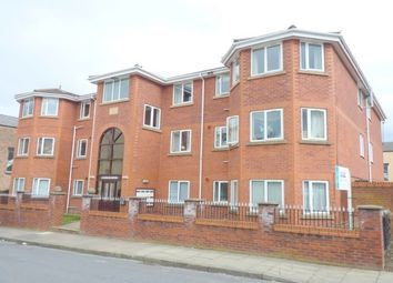 Thumbnail 2 bed flat to rent in Apt 2, 3 Euston Grove, Oxton