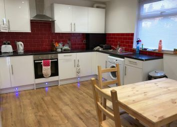 Thumbnail 6 bed terraced house to rent in Hyde Park Terrace, Leeds, West Yorkshire