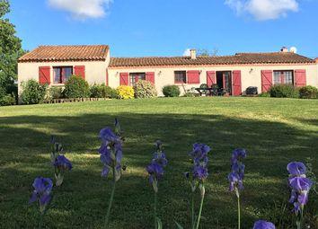 Thumbnail 4 bed bungalow for sale in 85390, Sigournais, Chantonnay, La Roche-Sur-Yon, Vendée, Loire, France