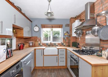 Thumbnail 3 bed detached house for sale in Hebdon Close, Thatcham