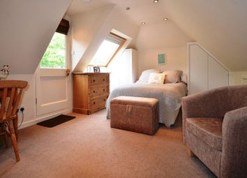 Thumbnail Studio to rent in The Shires, Wokingham