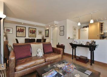 Thumbnail 2 bed flat to rent in More Close, St Paul's Court, London