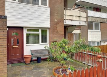 2 bed flat for sale in Menlo Gardens, Upper Norwood, London, Greater London SE19