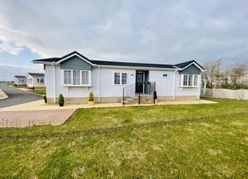 Thumbnail 2 bed mobile/park home for sale in Clifton Park, New Road, Clifton, Beds