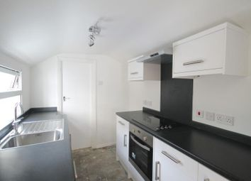 Thumbnail 2 bed property to rent in Cross Road, Croydon