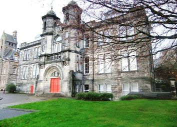 Thumbnail 2 bed flat to rent in Skibo Court, Dunfermline, Fife