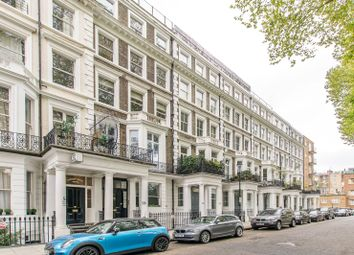 Thumbnail 2 bed flat for sale in Courtfield Gardens, South Kensington