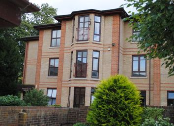 Thumbnail 2 bed flat for sale in 25 Gainsborough, Thamesfield Village, Henley-On-Thames, Oxfordshire