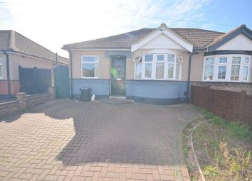 Chelmsford Drive, Upminster RM14. 3 bed bungalow