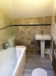 Thumbnail 4 bed flat to rent in Flat 4 17 Clifton Avenue, Fallowfield