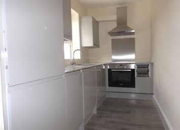 Thumbnail 1 bed flat to rent in Norfolk Road, Maidenhead