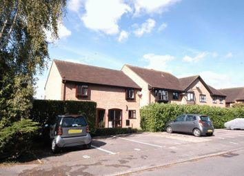 Gentian Close, Weavering, Maidstone ME14. 2 bed flat