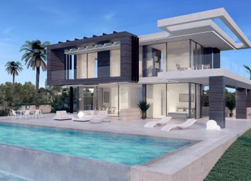 Thumbnail 4 bed villa for sale in Spain, Andalucia, Estepona, Ww857