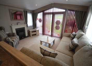 Thumbnail 8 bed mobile/park home for sale in Hythe Road, Dymchurch, Romney Marsh