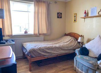 Room to rent in Warren Close, Brighton BN2