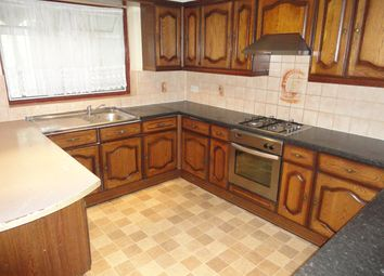 5 bed semi-detached house to rent in Waye Avenue, Hounslow TW5