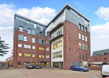 2 bed flat for sale in Thames Street, Staines TW18