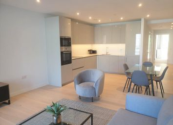 Thumbnail 2 bed flat to rent in Deacon Street, London