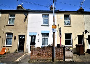 2 bed property to rent in Hothfield Road, Rainham, Gillingham ME8