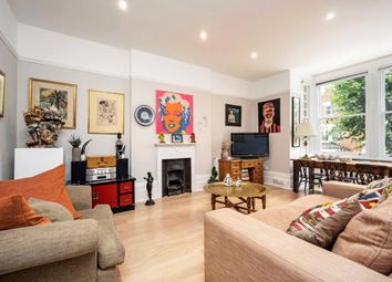 Parliament Hill, London NW3. 2 bed flat