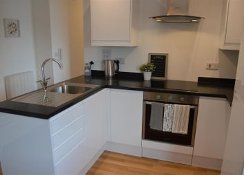 Thumbnail 1 bed flat for sale in High Street, West End, Southampton