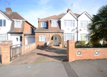 Thumbnail Room to rent in Shepherds House Lane, Earley, Reading