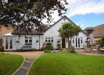 4 bed property for sale in Snakes Lane, Southend-On-Sea SS2