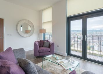 Thumbnail 2 bed flat to rent in Midland Road, Bath