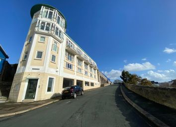 3 bed town house to rent in Cliff Road, Plymouth PL1