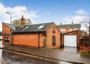 3 bed barn conversion for sale in Goddards Court, Watton, Thetford IP25