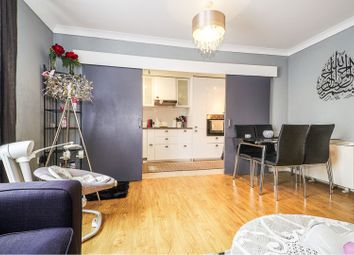 Thumbnail 2 bed flat for sale in Thames Reach, London