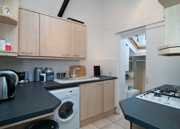 Thumbnail 1 bed property to rent in Kensington Church Walk, London