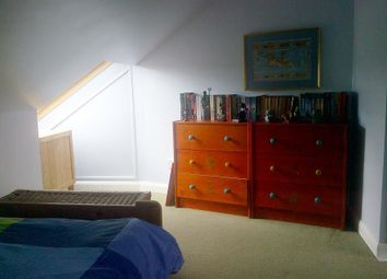 Thumbnail Room to rent in Caenwood Road, Epsom