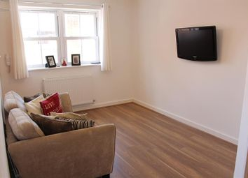 Thumbnail 1 bed flat to rent in Globe Lane, Poole