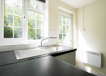 1 bed flat to rent in Russell Street, Reading RG1