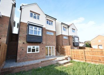 Thumbnail 4 bed property for sale in Taunton Avenue, Luton