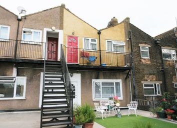 3 bed flat for sale in Cameron Road, Seven Kings, Ilford IG3