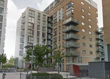 Thumbnail 1 bed flat to rent in Dowell Street, Greenwich, London