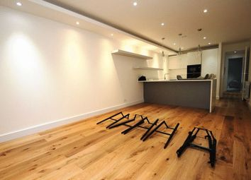 Thumbnail 2 bed flat to rent in Leabank Square, London