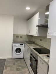 2 bed property to rent in Kelso Road, Leeds LS2
