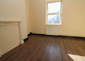 Thumbnail 1 bed flat to rent in St. Andrews Road, Southampton