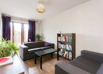 Thumbnail 2 bedroom flat to rent in Sceptre Road, London