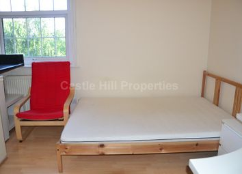 Thumbnail Property to rent in High Street, London, Greater London.