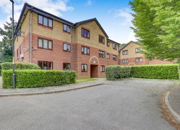 Thumbnail 2 bed flat for sale in Longmere Road, West Green, Crawley