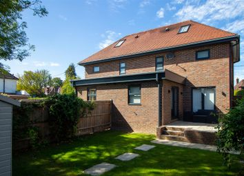Sunte Avenue, Lindfield, Haywards Heath RH16. 3 bed semi-detached house for sale