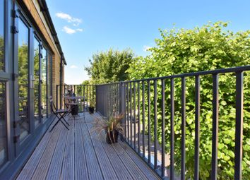 Thumbnail 3 bed flat for sale in 9 Lind Road, Sutton