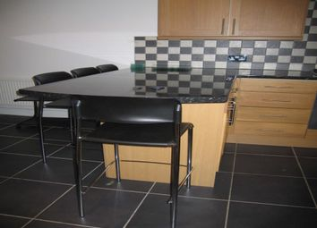 Thumbnail 4 bed maisonette to rent in Hill Street, Leamington Spa